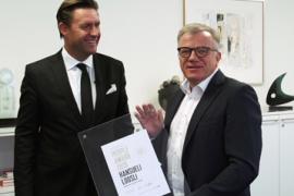 Retail Award Switzerland 2015 für Hansueli Loosli