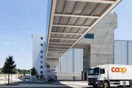 Coop eröffnet grössten Logistikstandort und Grossbäckerei