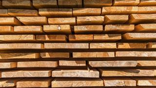 Steigender Holzpreis - Fairer Palettentausch für Transport & Logistikunternehmen wichtiger denn je